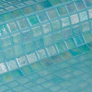 Стеклянная облицовочная мозаика модели Coral
