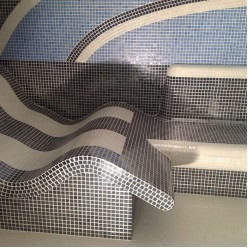 Стеклянная мозаика модели Perla Safe Steps