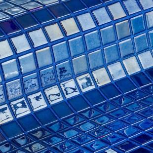 Azurita стеклянная мозаика с металическим блеском для ванных комнат и бассеинов