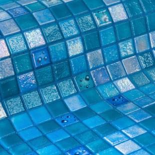 Стеклянная облицовочная мозаика модели Drops
