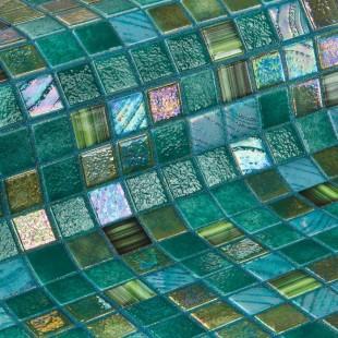 Стеклянная облицовочная мозаика модели Kiwi