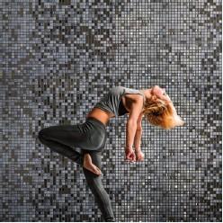 Стеклянная мозаика модели Ezarri Roses