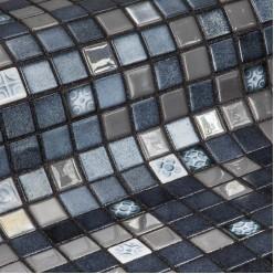 Стеклянная мозаика модели Ezarri Silver Bits